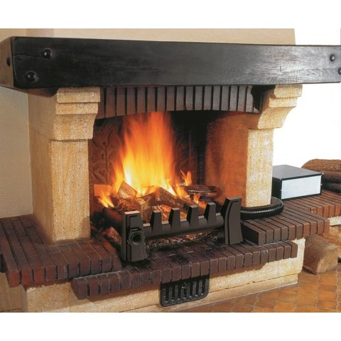 CD 0130+0136_EQUATAIR_Complet dans une cheminée7x5